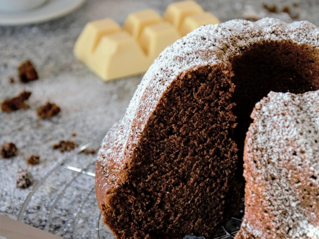 Schokoladenkuchen mit Banane