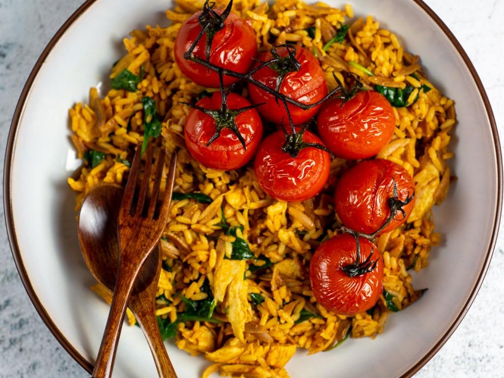 Hühnchen-Tomaten Pilaw