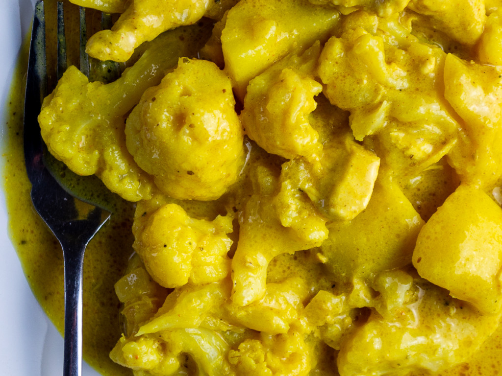 Kartoffel-Blumenkohl Curry