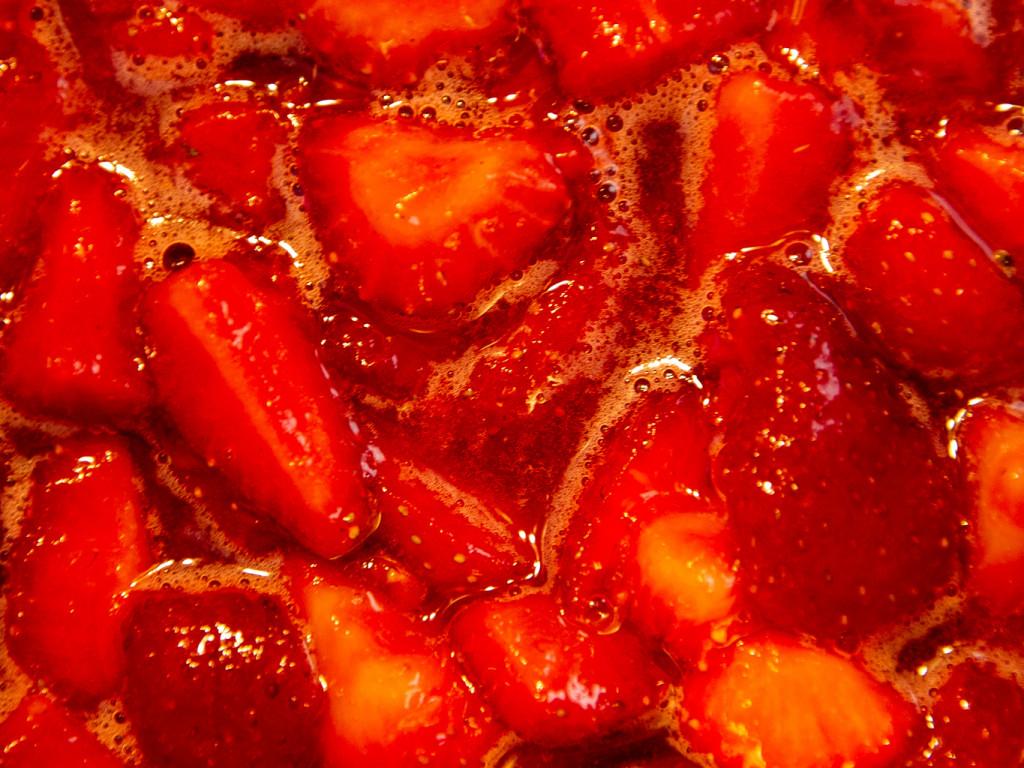 Erdbeermarmelade mit Kardamom